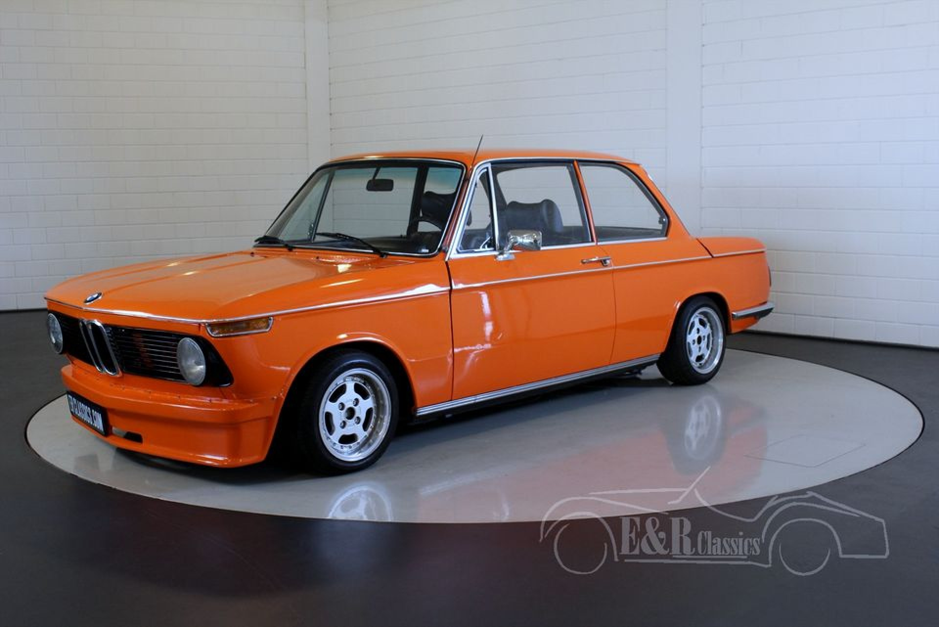 bmw 1502 sedan 1975 zum kauf bei erclassics. Black Bedroom Furniture Sets. Home Design Ideas