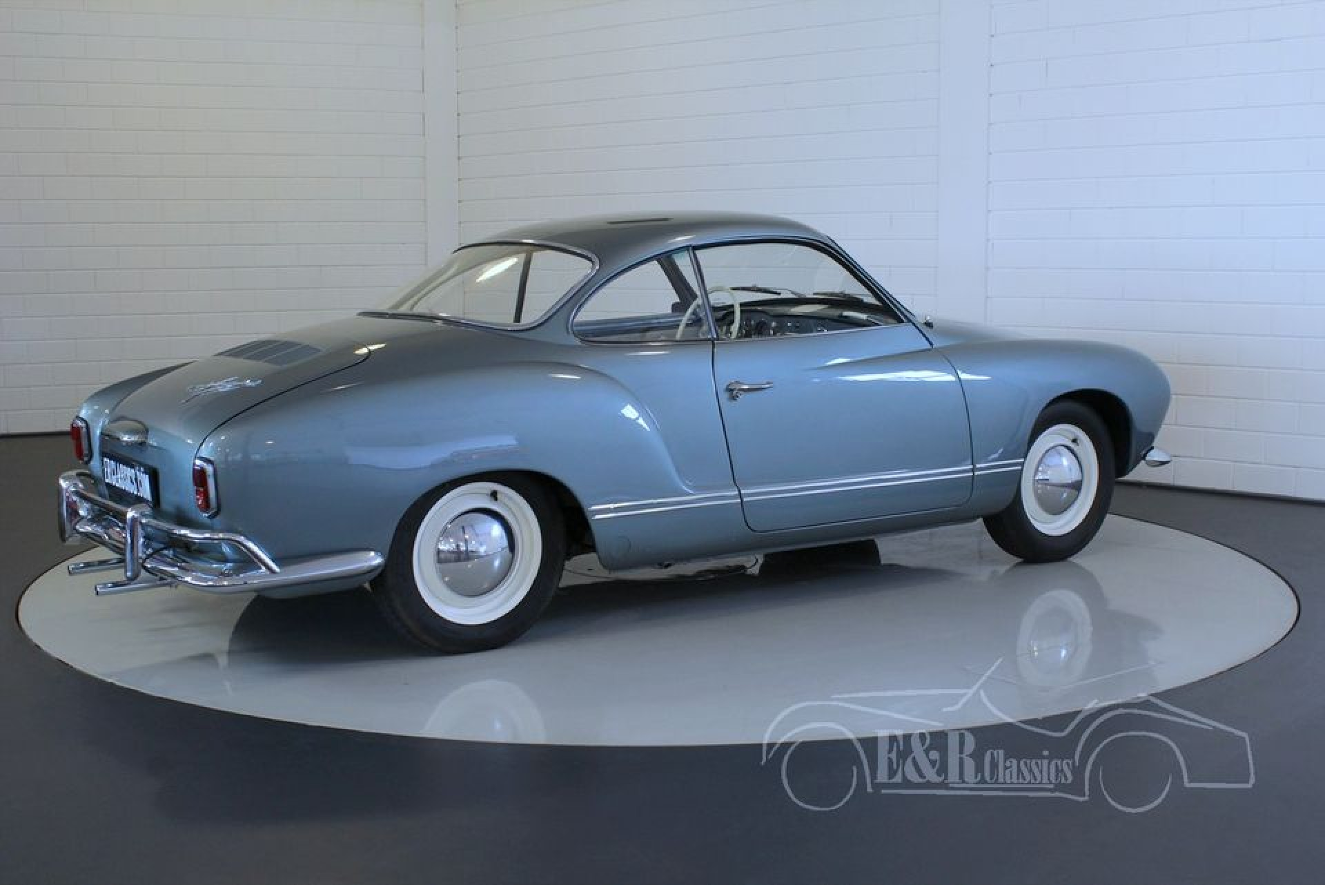 volkswagen karmann ghia lowlight 1958 in sehr gutem zustand. Black Bedroom Furniture Sets. Home Design Ideas