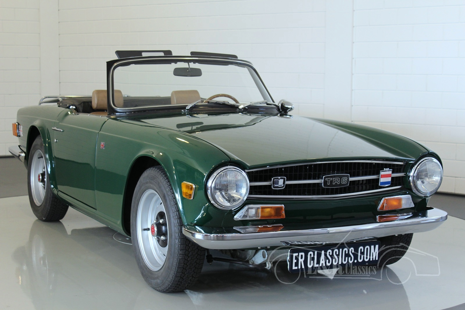 triumph tr6 oldtimer kaufen bei e r classic cars. Black Bedroom Furniture Sets. Home Design Ideas